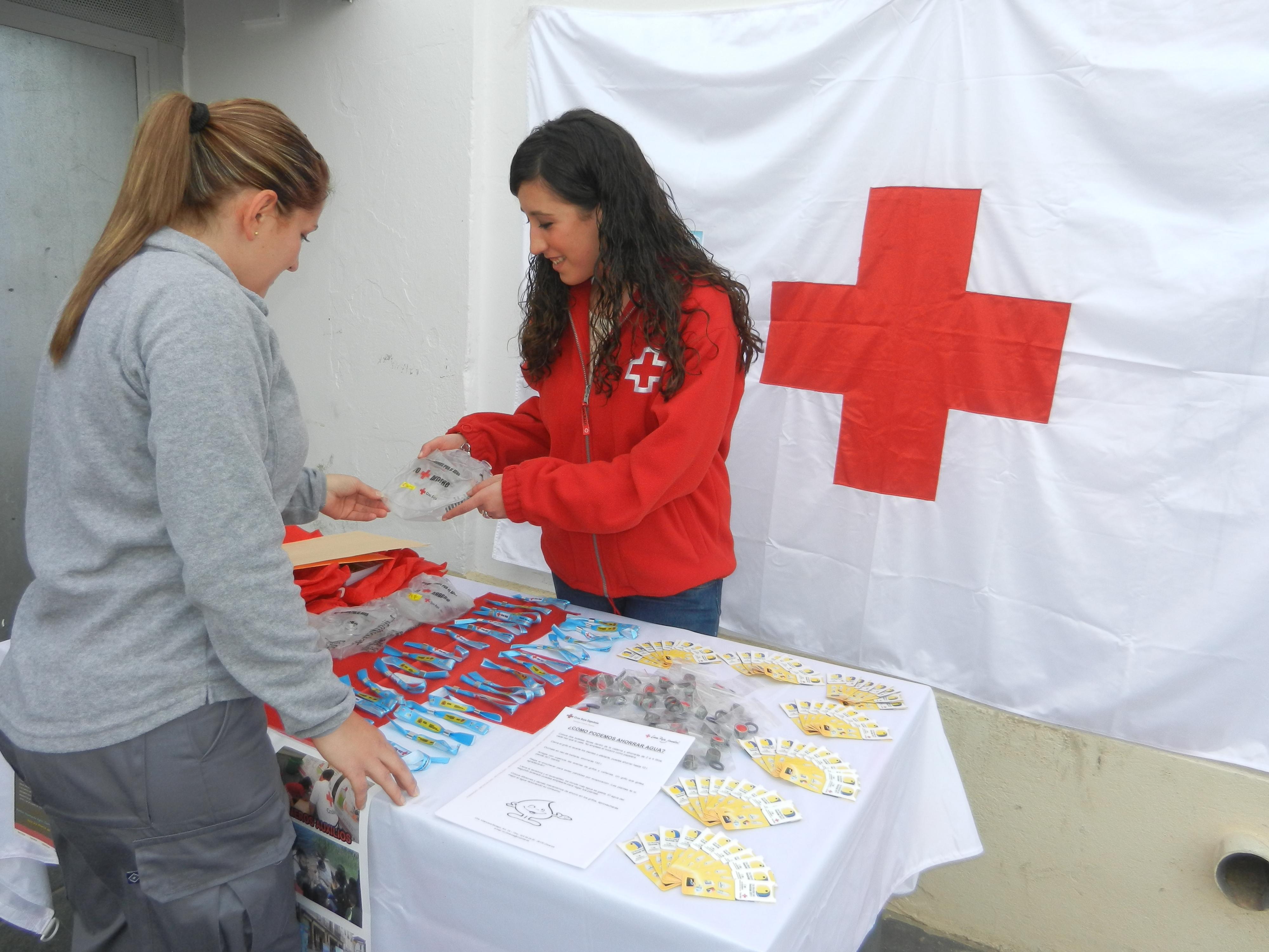 Cruz Roja recomienda un uso adecuado del agua en las viviendas para ahorrar