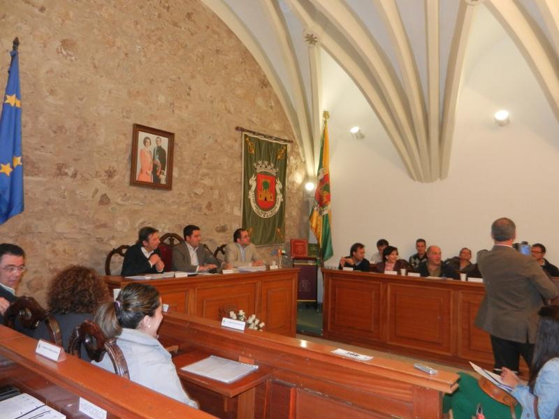 El Pleno aprueba una moción para la creación de un Plan de Empleo Local