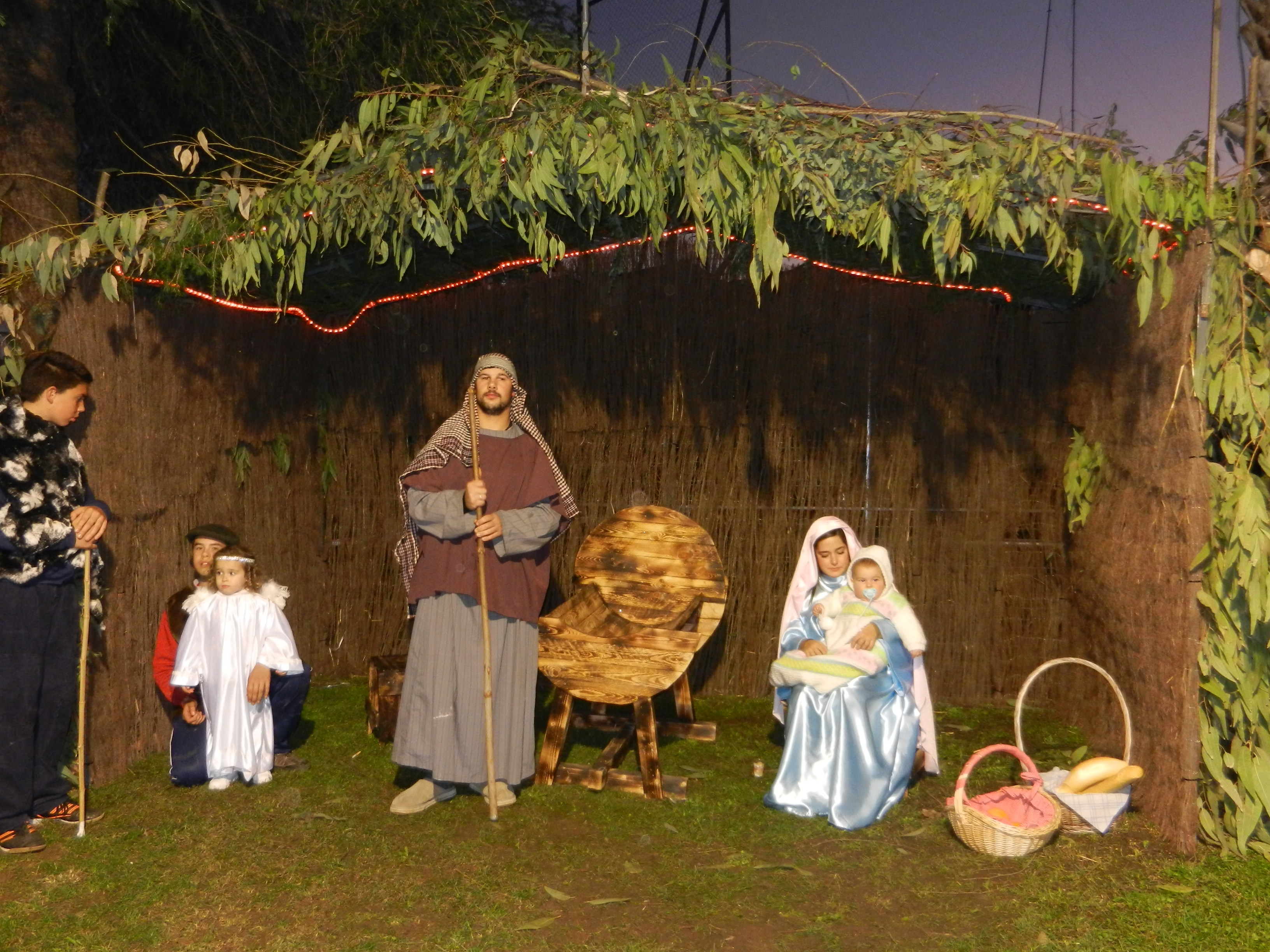 Más de un centenar de vecinos dan vida al \'Nacimiento de Jesús ...