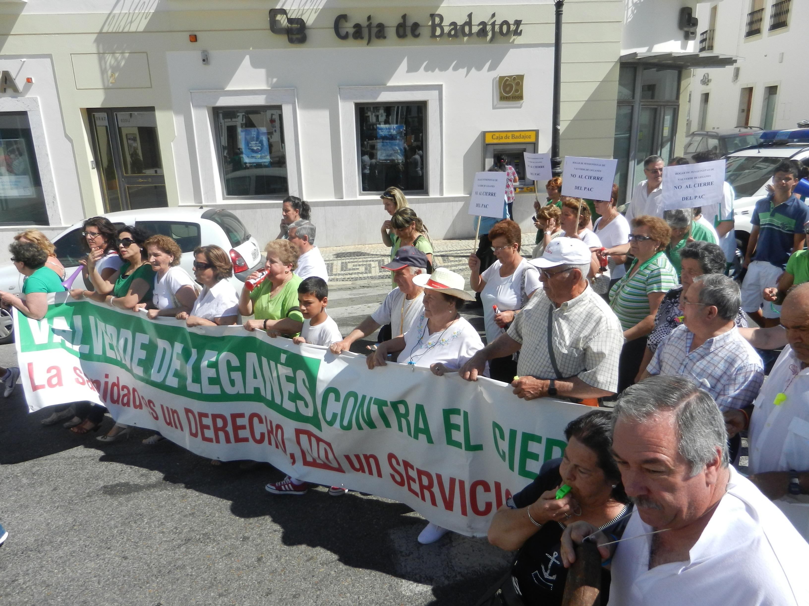 Manifestación en Olivenza contra el cierre del PAC de Valverde de Leganés