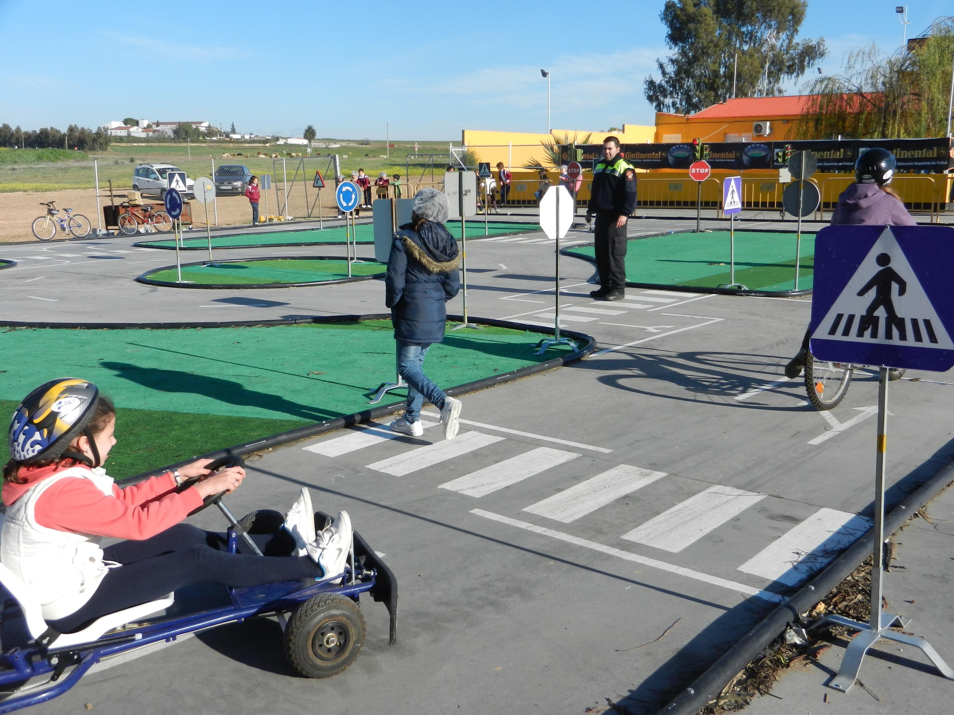 Circuito Vial : Circuito de educación vial en karting olivenza