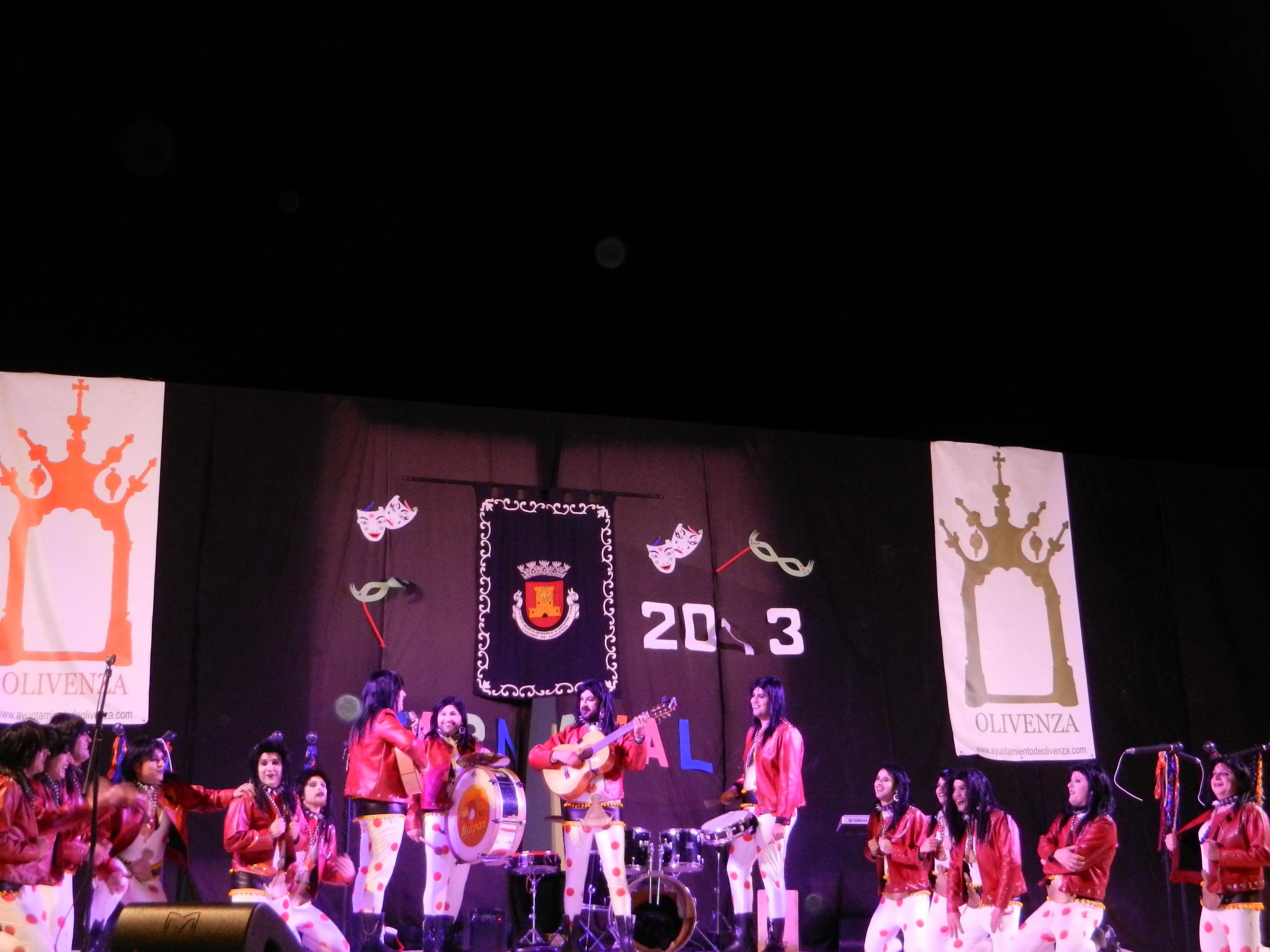 Los heavyllanos de los 3w durante la actuación en el auditorio