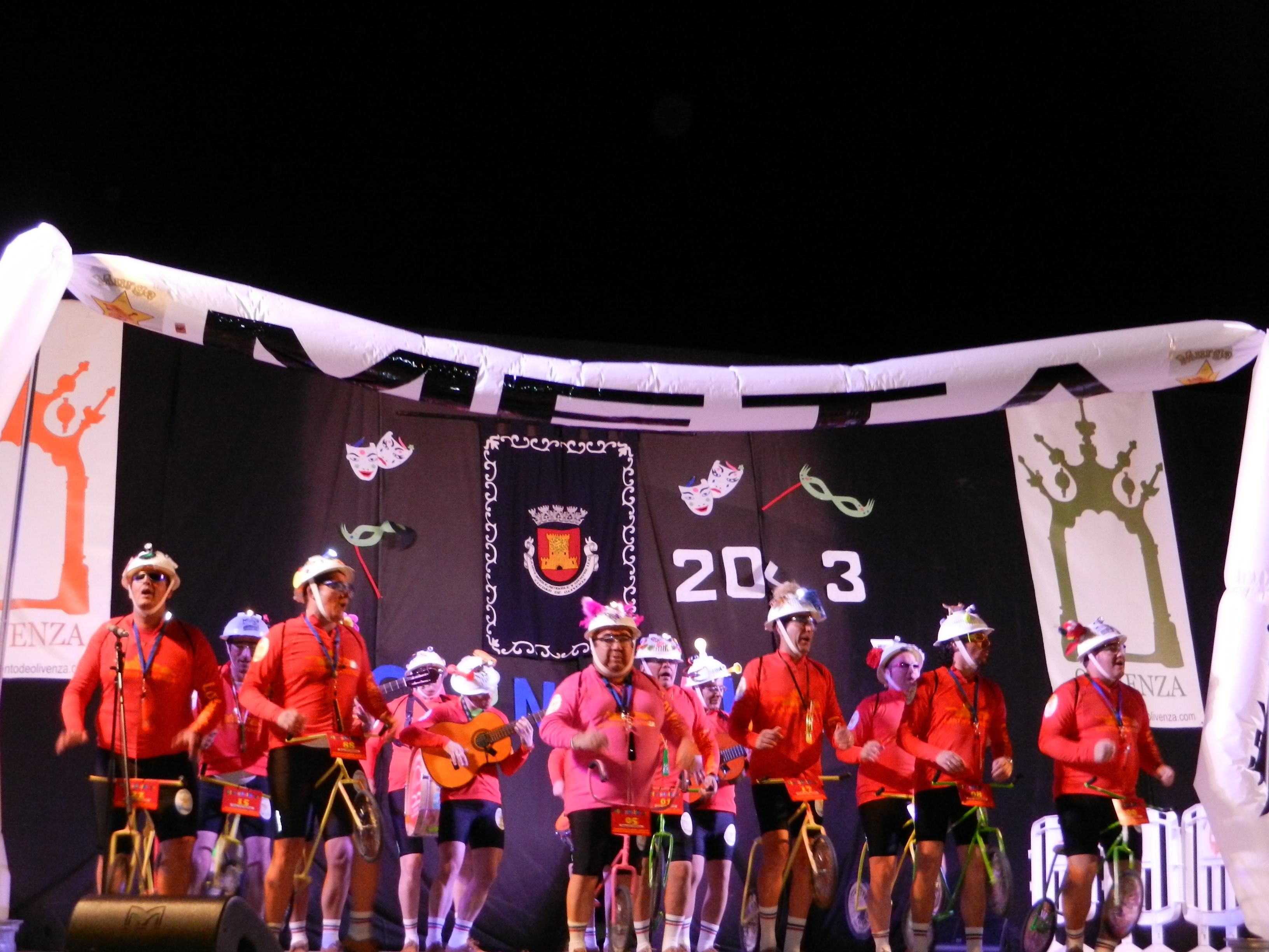 Los Parodias descansan de su tour nocturno en el auditorio