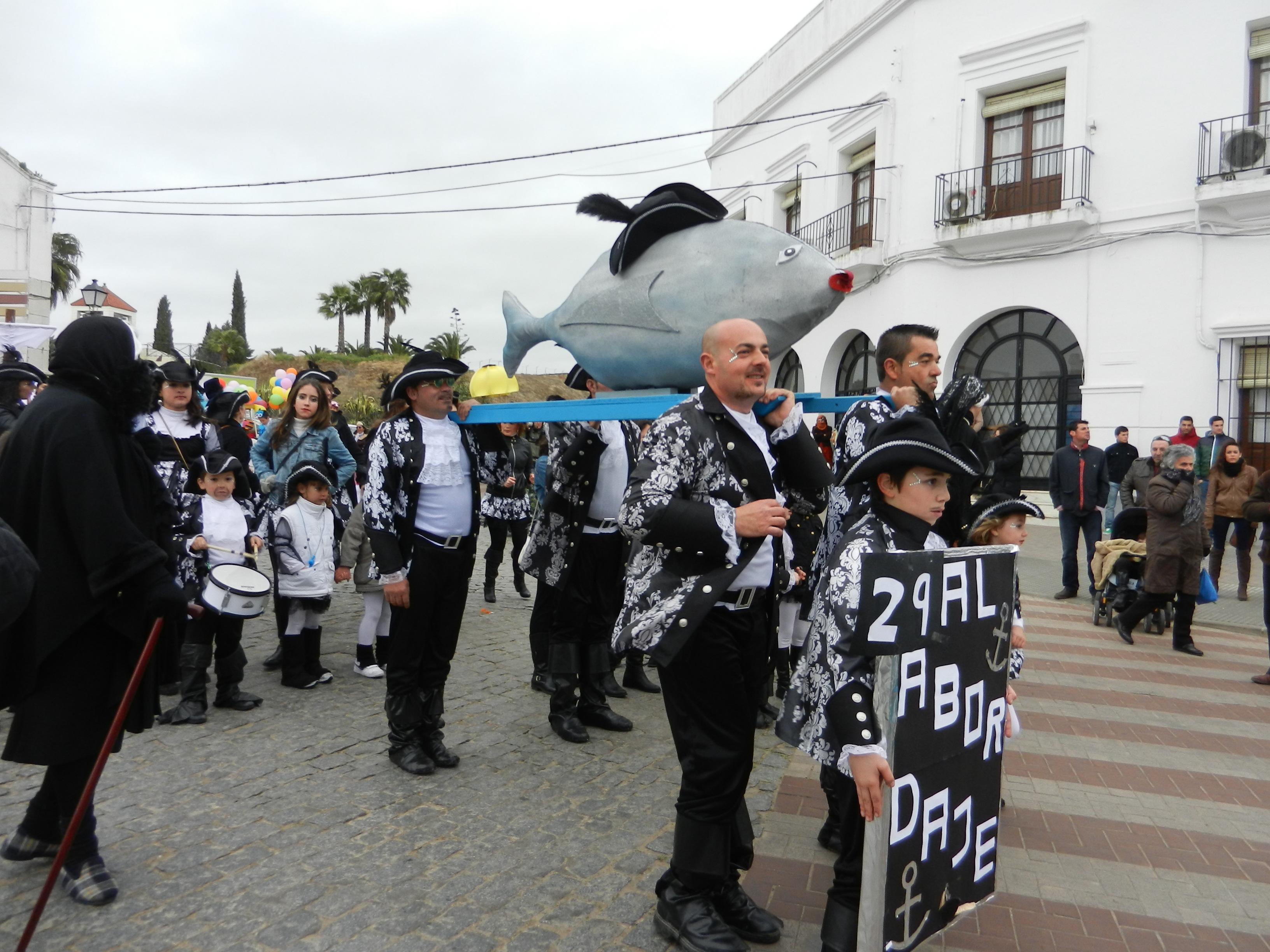 La sardina es portada por el grupo Al abordaje