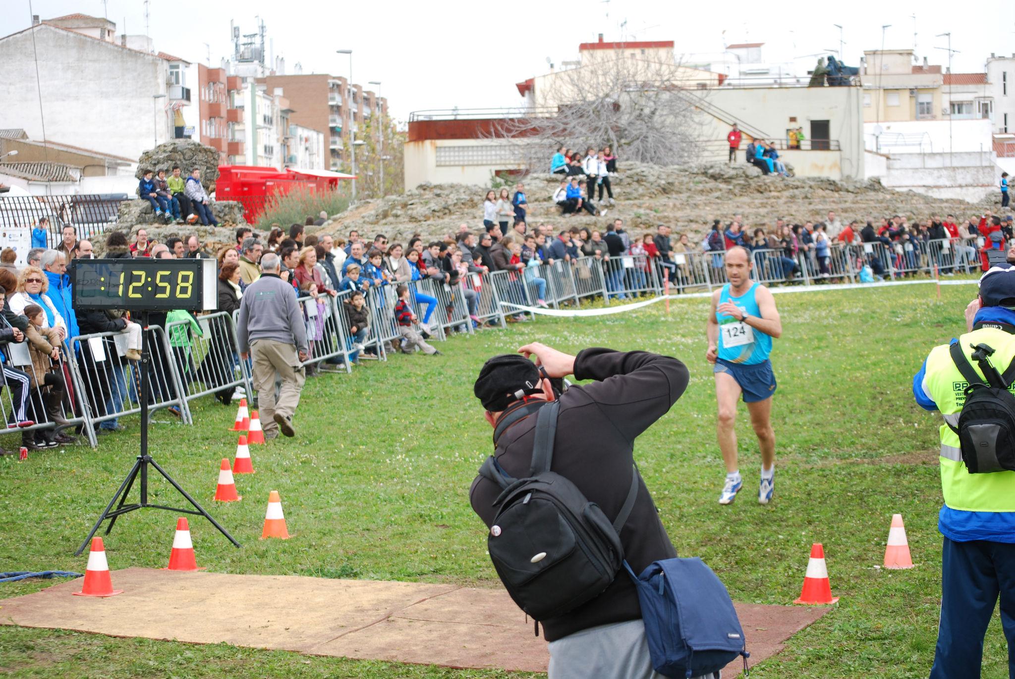 El Club de Atletismo de Olivenza se proclama campeón de Extremadura en campo a través