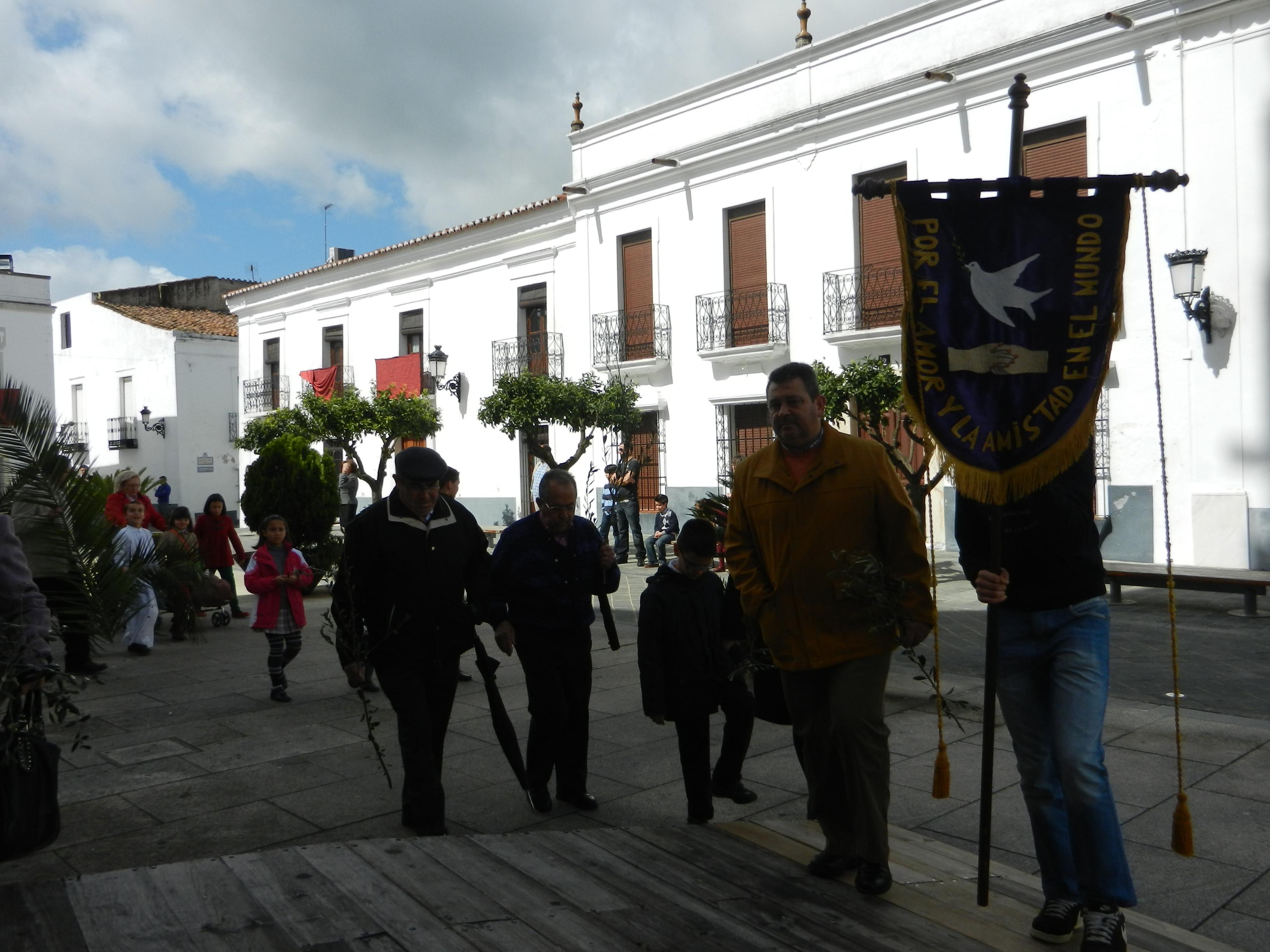 Llegada al templo de Santa María del Castillo