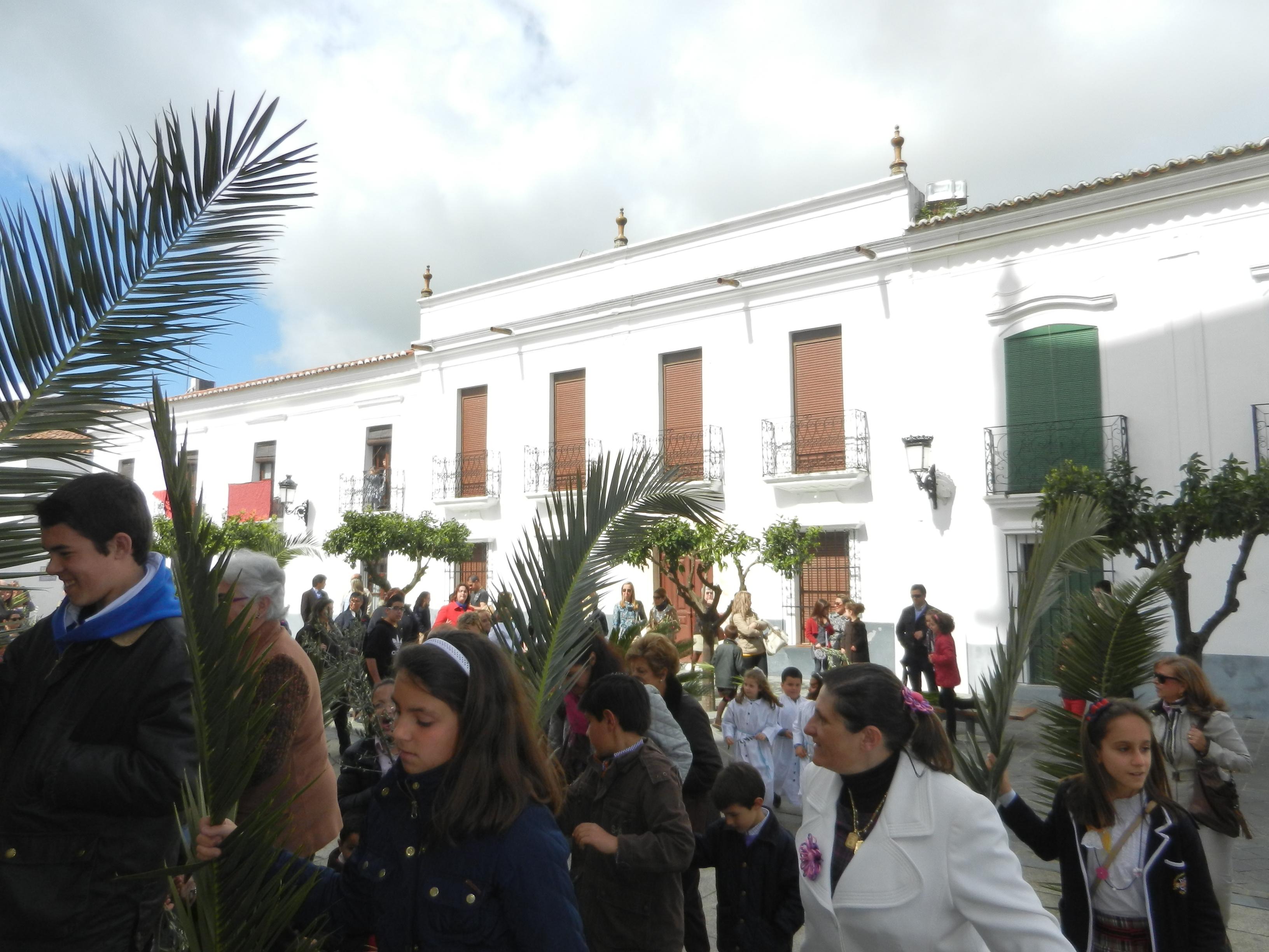 Llegada a la iglesia de Santa María del Castillo
