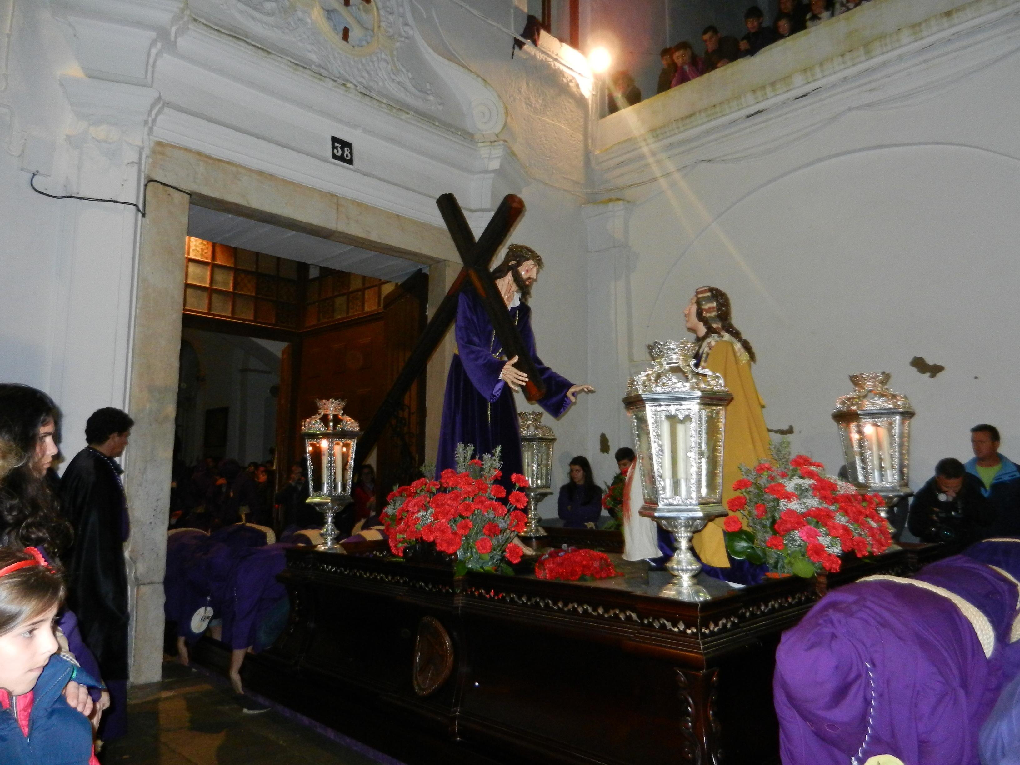 Los pasos vuelven a la iglesia de San Francisco