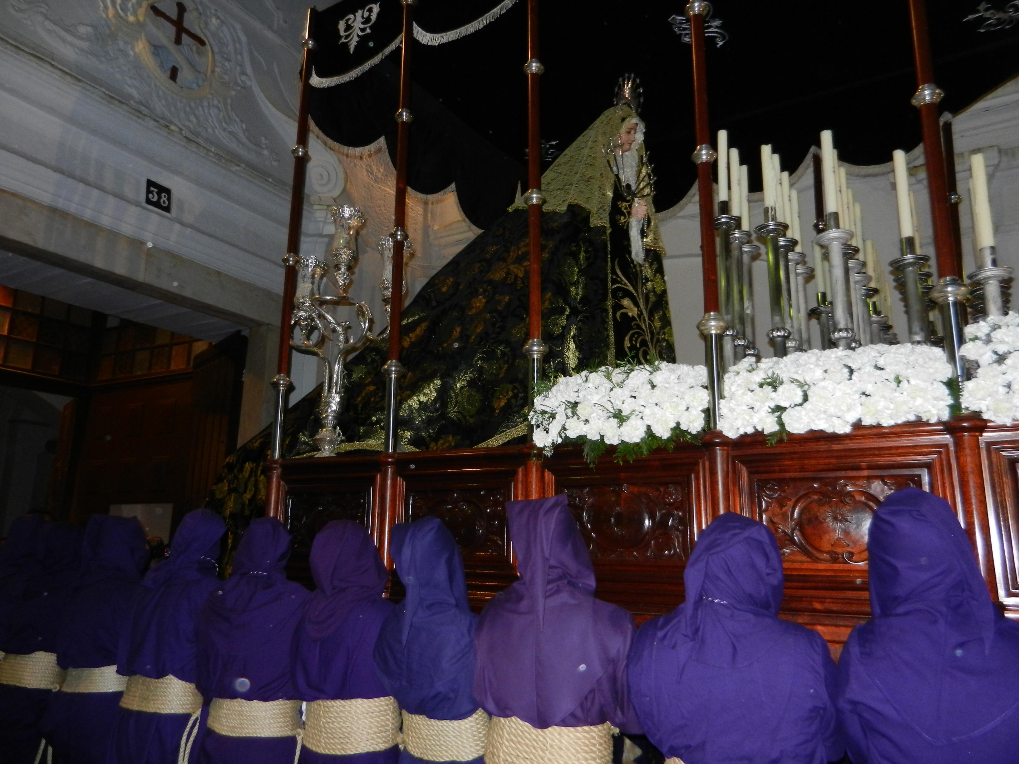 La Santísima Virgen de los Dolores vuelve al templo