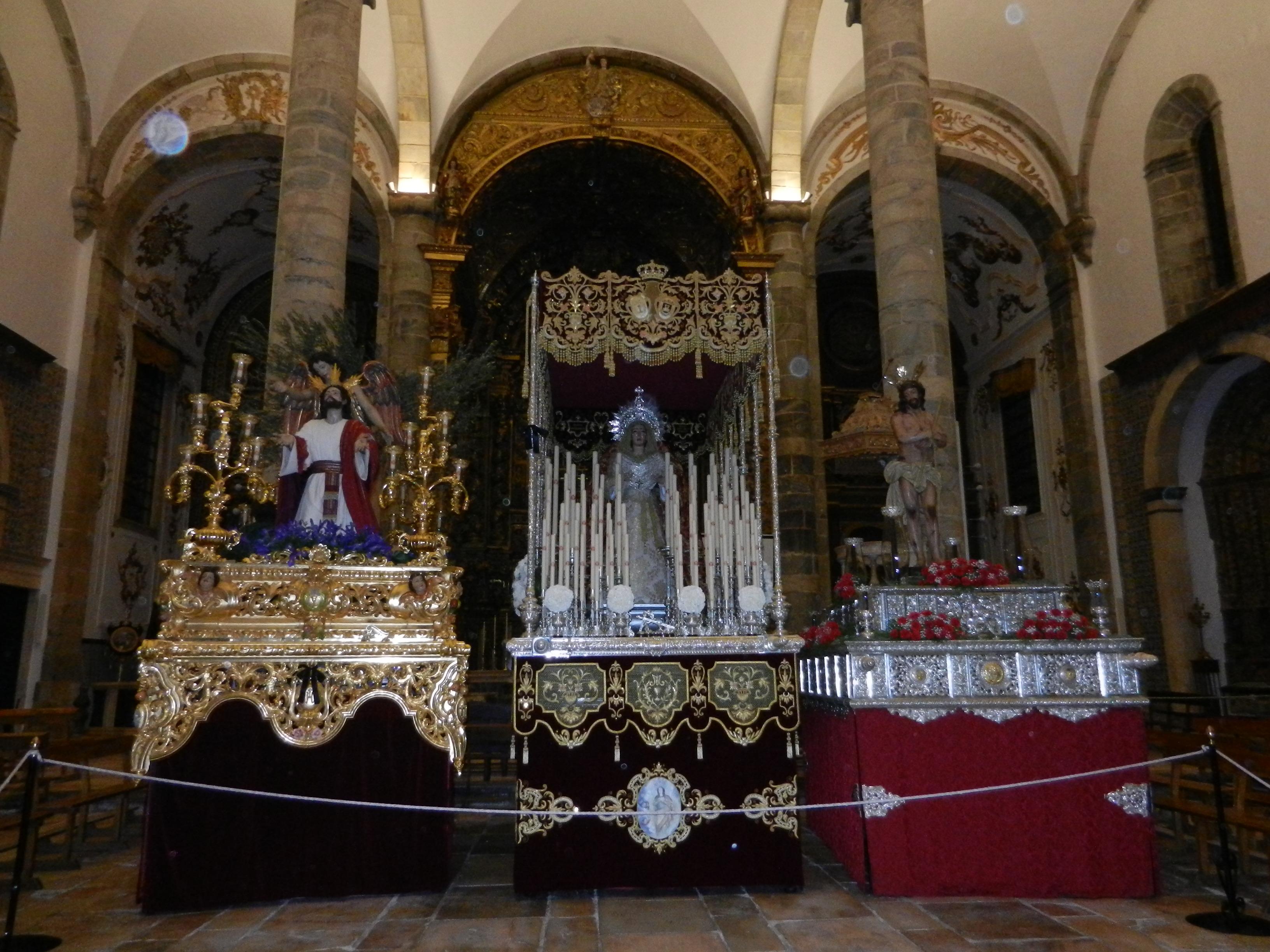 La Cofradía de Jesús Orando en el Huerto se queda en el templo el Martes Santo