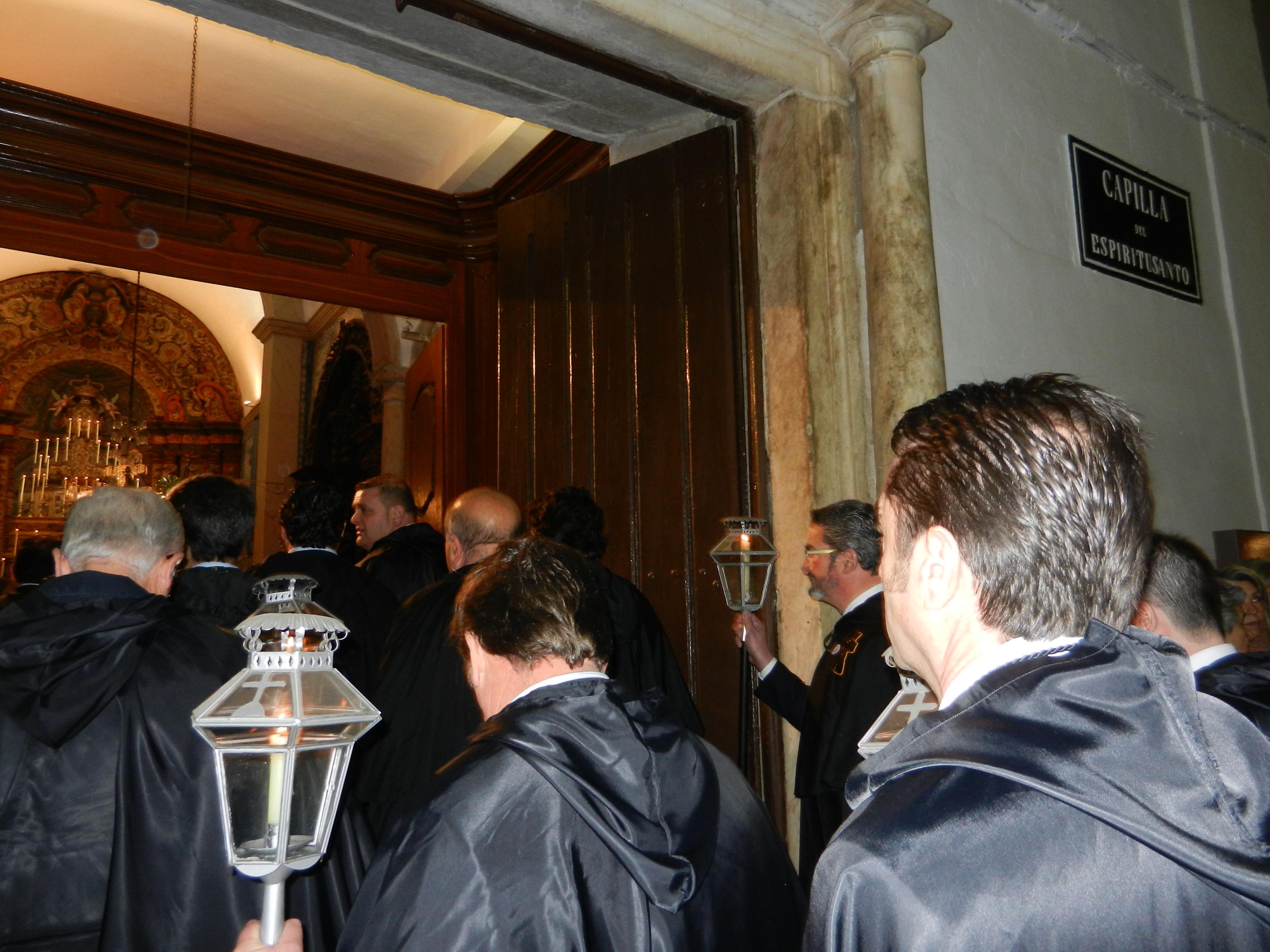 Entrada en la capilla Espíritu Santo