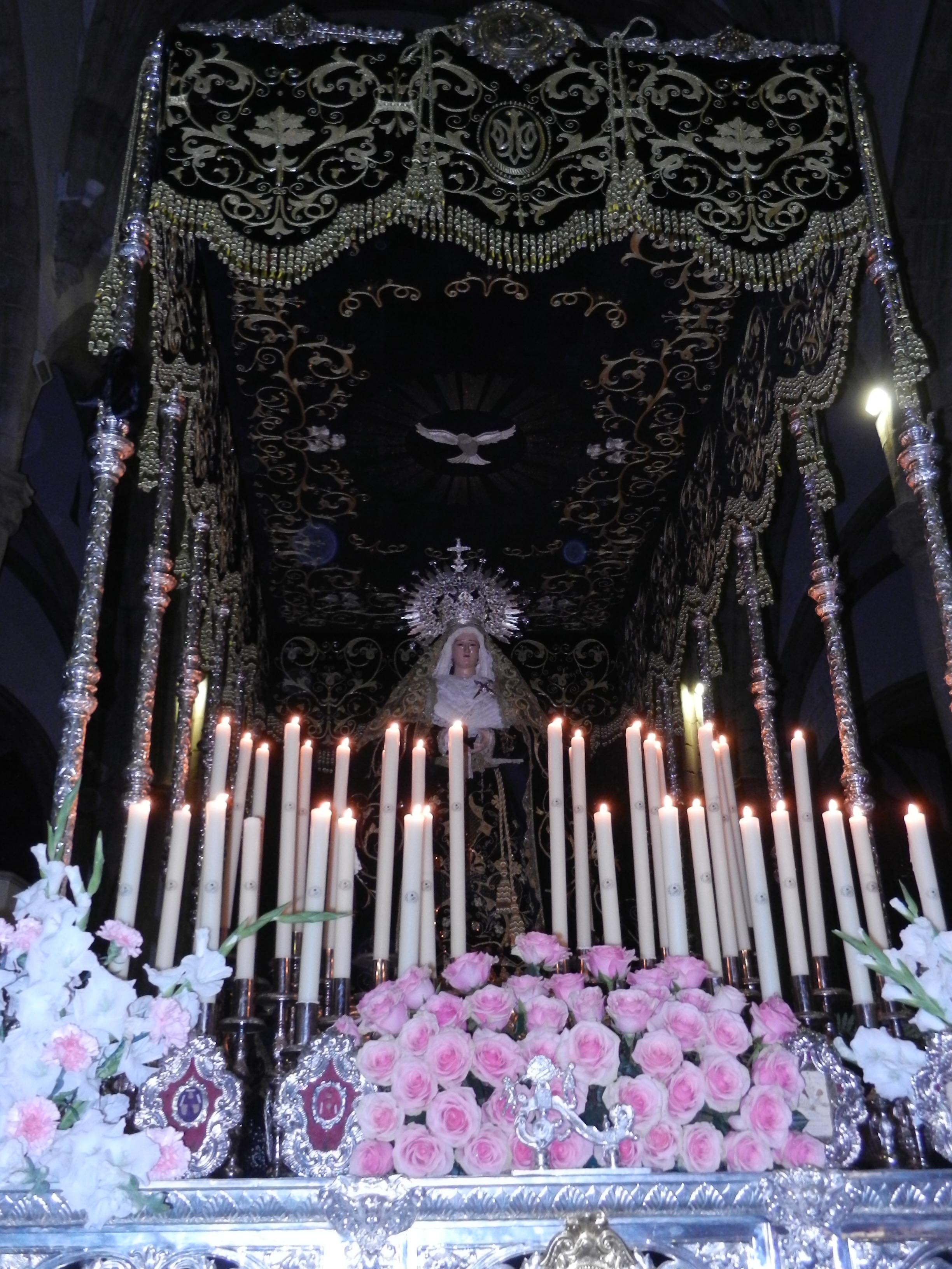 La Virgen de la Soledad en su templo