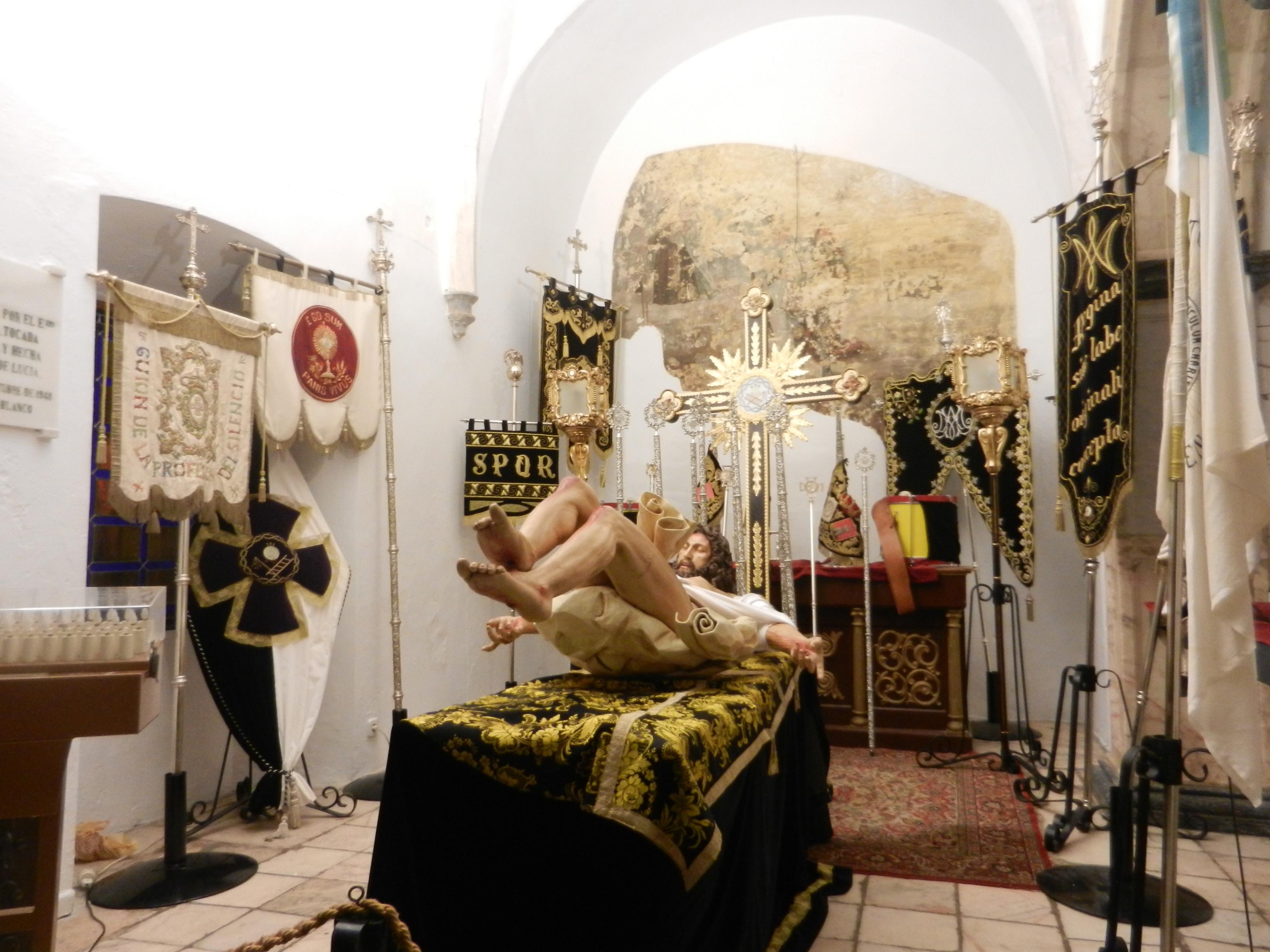 El Cristo del Descendimiento descansa en el templo