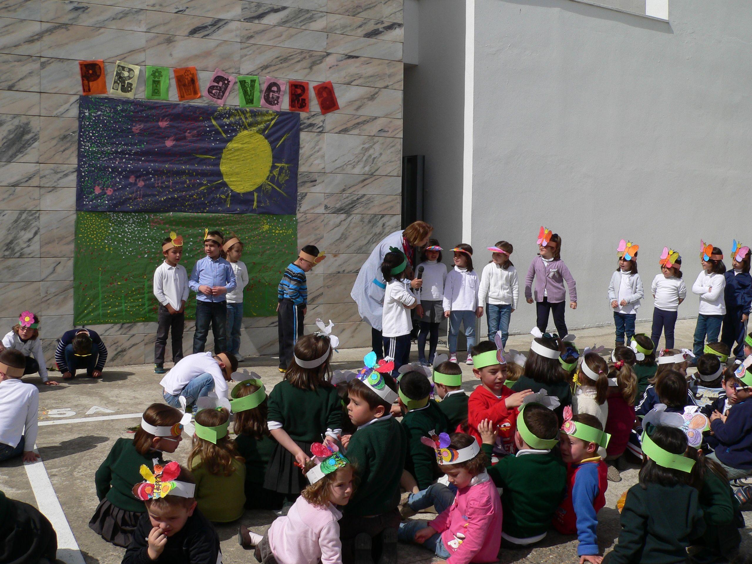 Celebración del Día Mundial de la Poesía en el colegio Francisco Ortíz