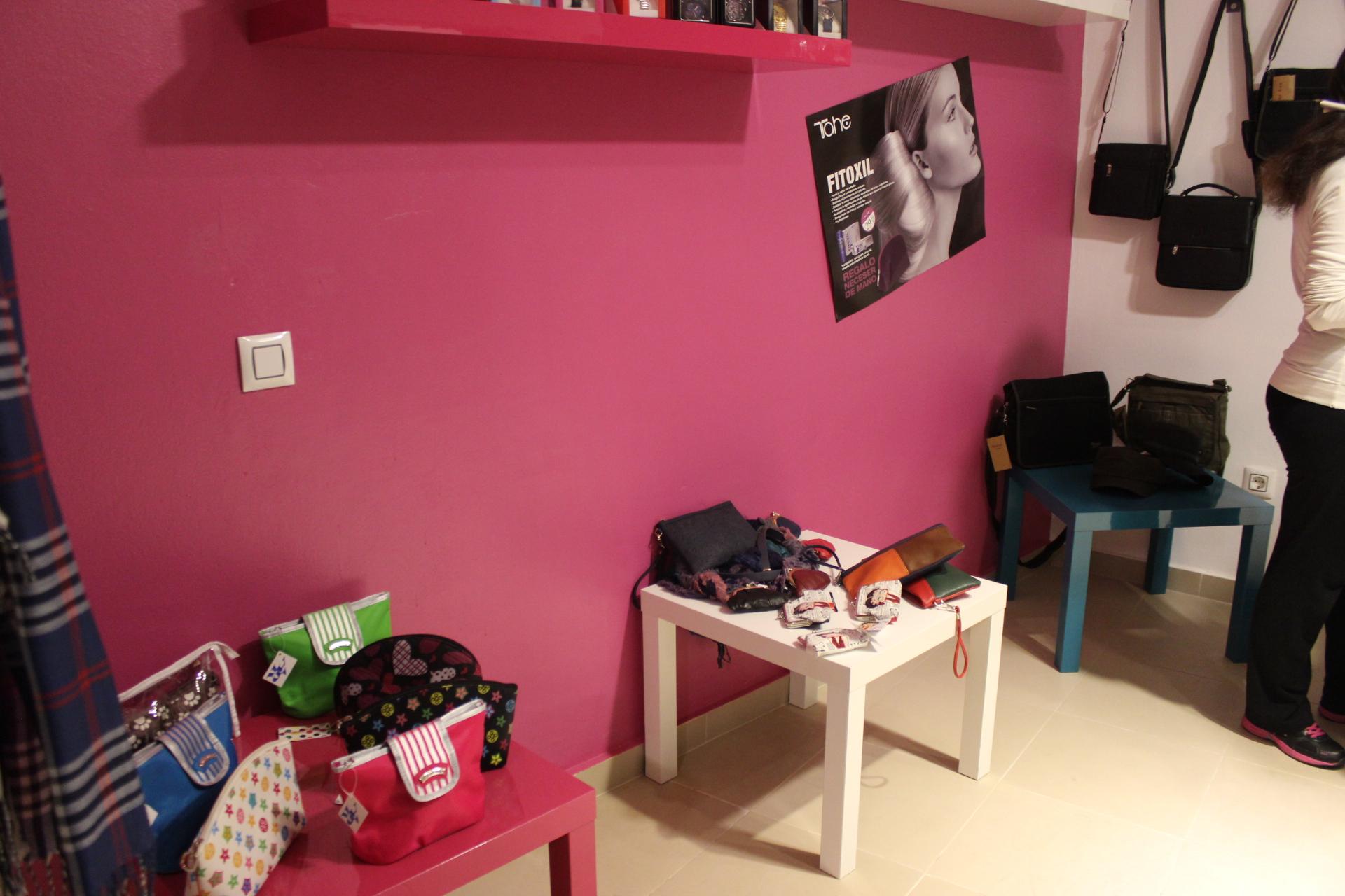 Expositor en el interior de la tienda